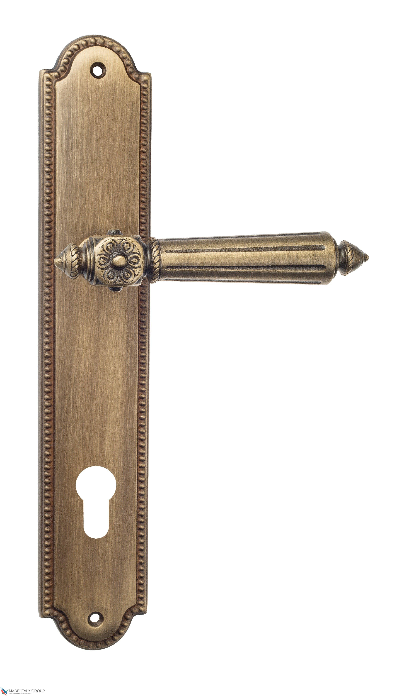 "Дверная ручка Venezia ""CASTELLO"" CYL на планке PL98 матовая бронза"